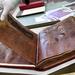 На пурпурному пергаменті у книгах VІ ст. писали лише сріблом чи золотом