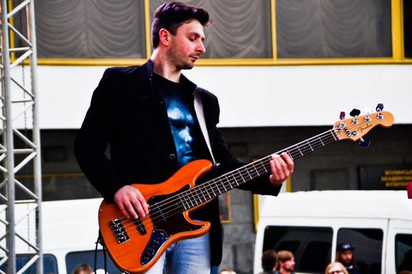 Гітарних справ майстер Андрій Олексюк – про любов до музики, дитячі таланти і обов'язок учителя
