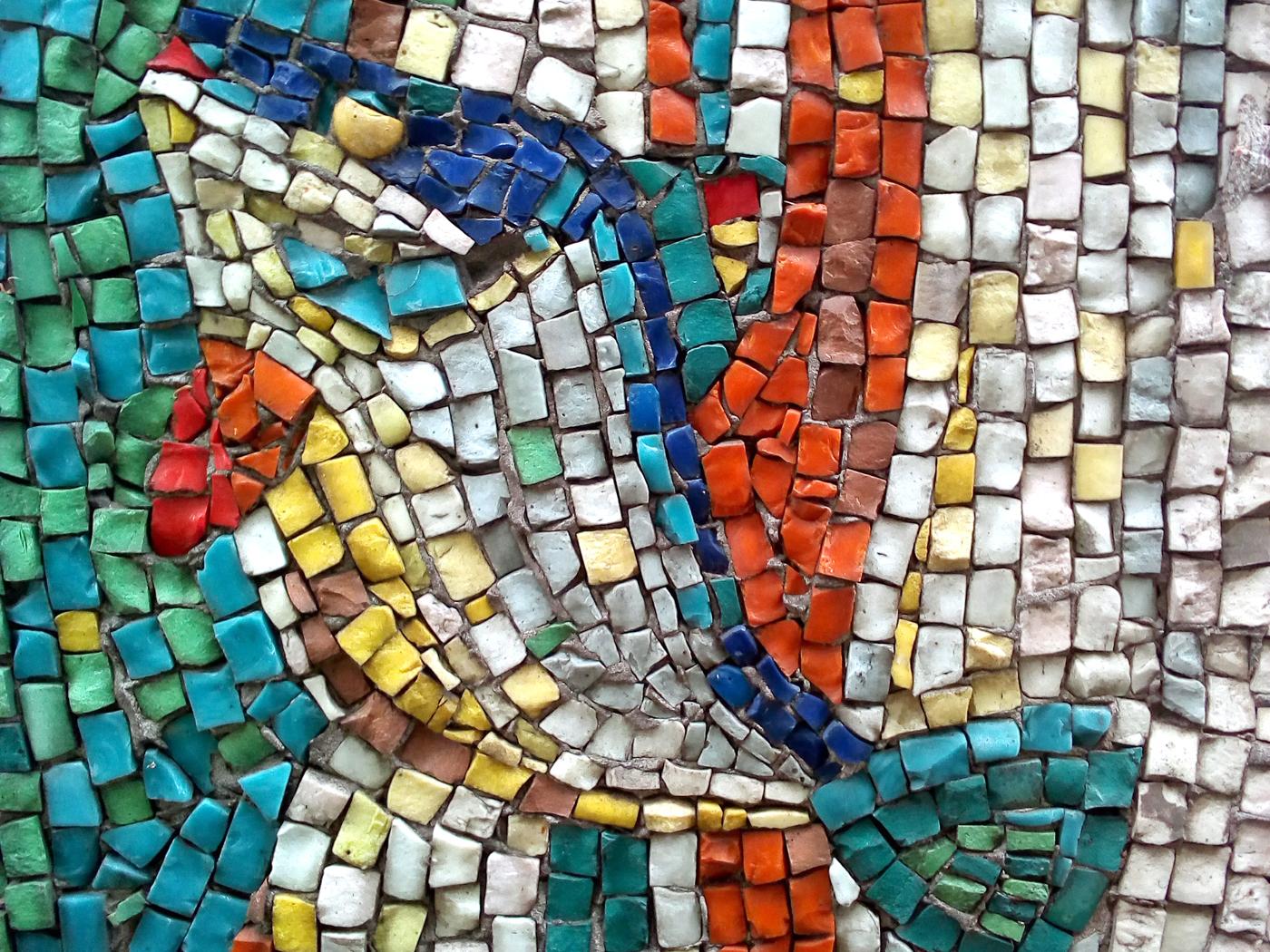 Луцькі мозаїки: призабуте мистецтво у пострадянському міському просторі