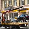 У Луцьку автівки, які блокуватимуть дорожній рух, забиратиме евакуатор