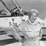 Перукарка стала першою жінкою, яка подолала звуковий бар'єр на літаку