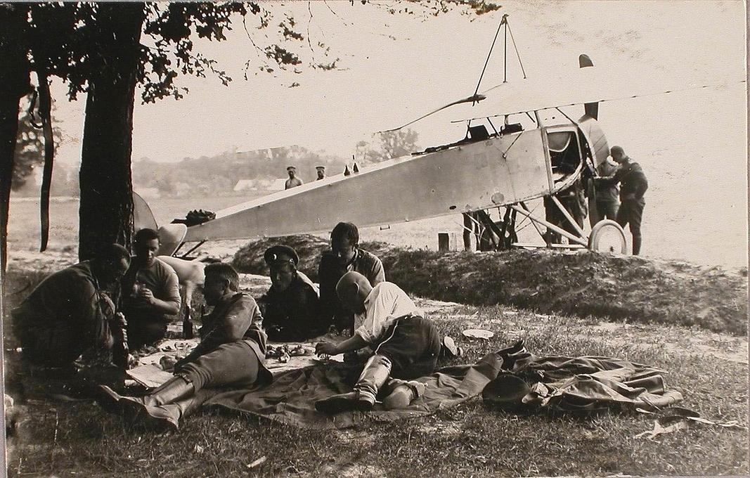 На чому літали повітряні розвідники над Волинню у 1915