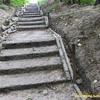 Ремонт аварійних сходів у центрі Луцька місяцями не можуть закінчити