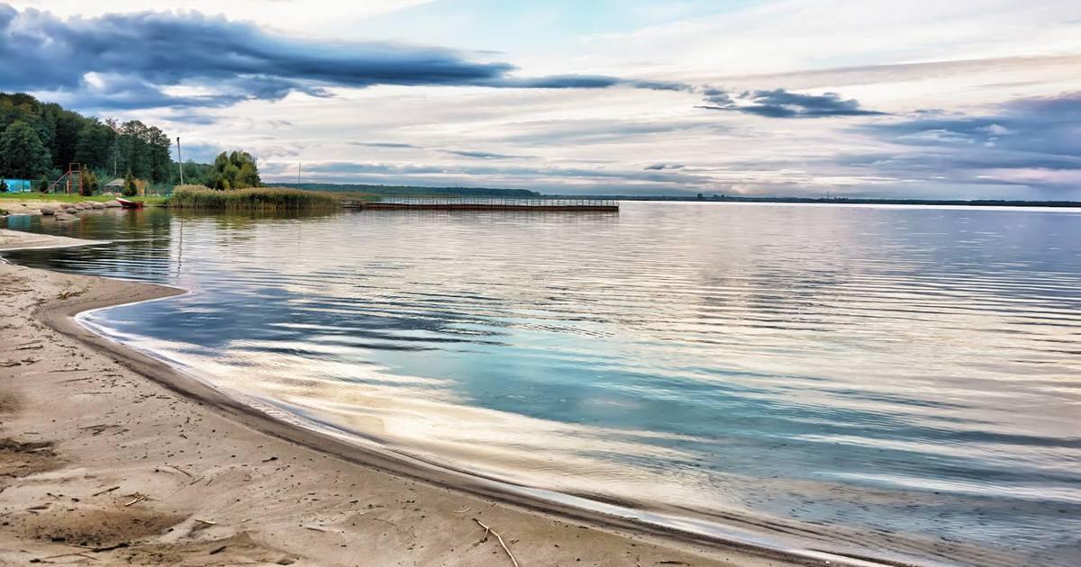 В озері Світязі знайшли табличку з розкладом руху теплохода. ФОТО