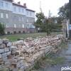 На Львівській біля тубдиспансеру впав паркан