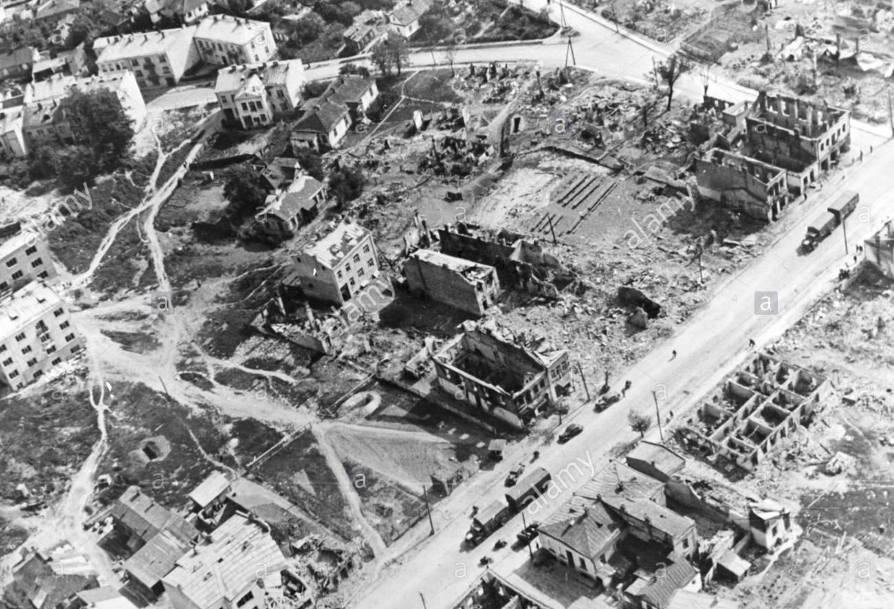 Місія 1941: виїхати бензовозом з підпаленого Луцька і вижити