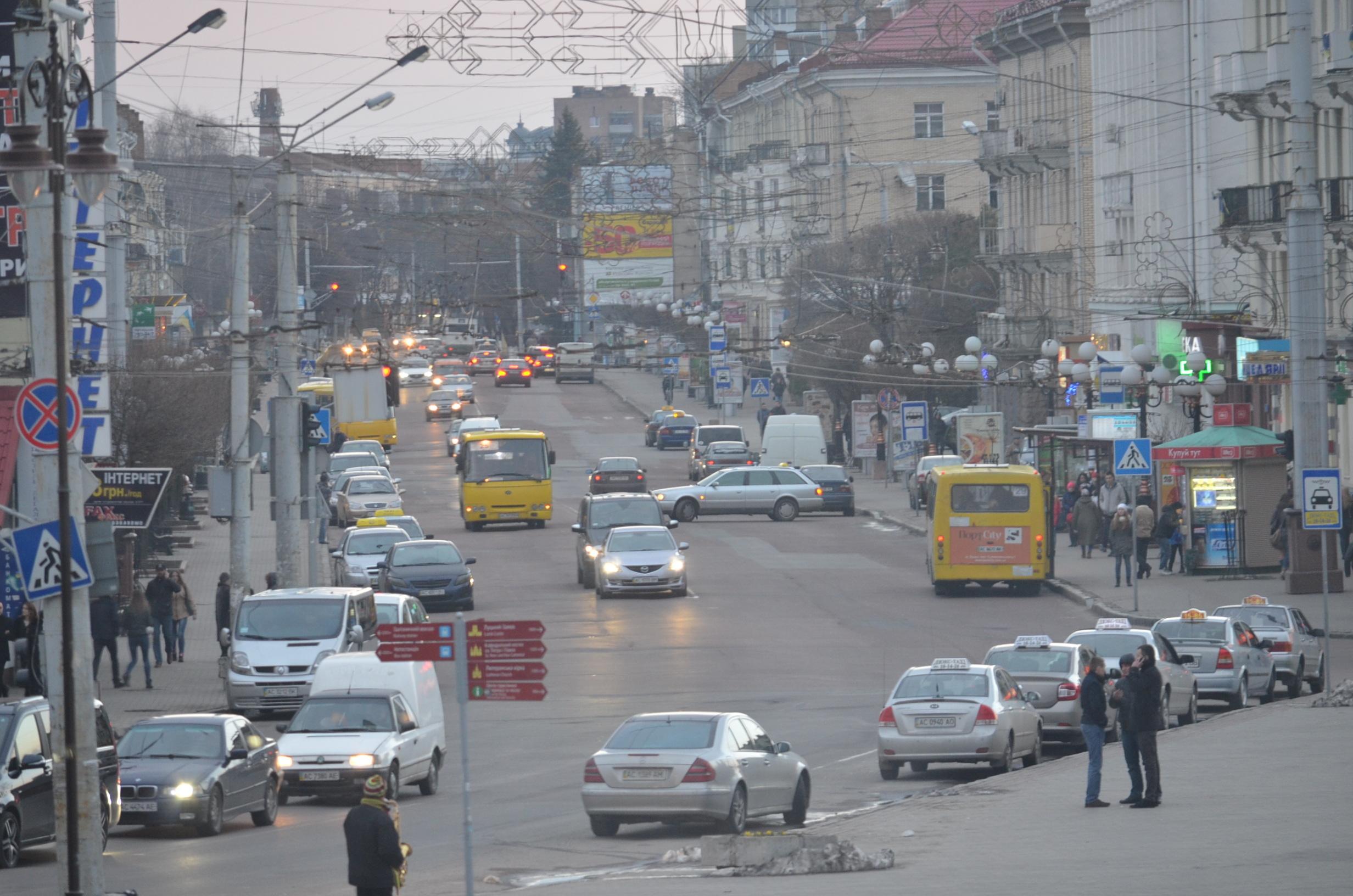 Вітражі і вишиванки. Що не так з українською міською культурою?