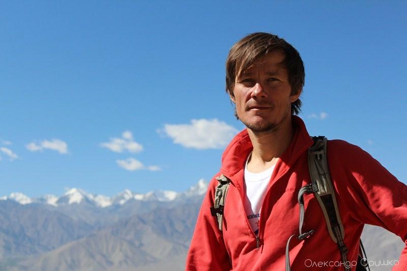 Олександр побував у більш як 40 країнах світу і ставить собі за мету щорічно пізнавати бодай одну нову країну