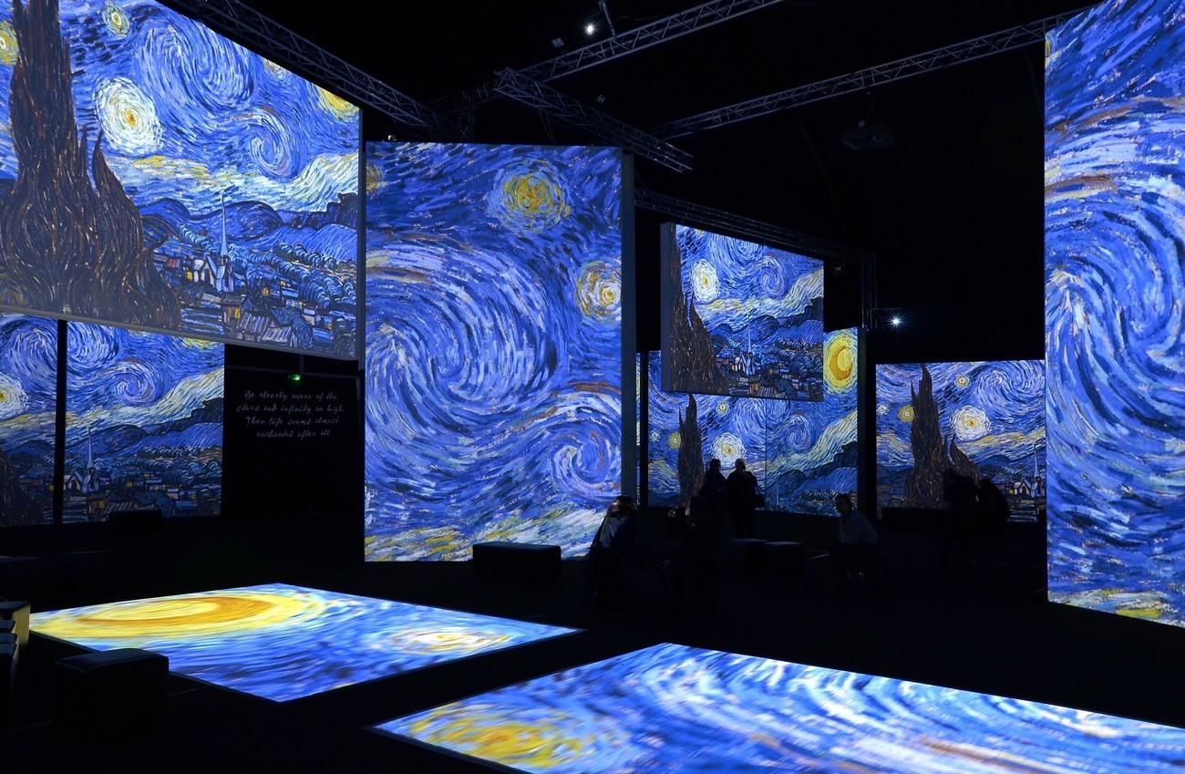 Вчені створили програму, яка перемальовує фільми «під Ван Гога»