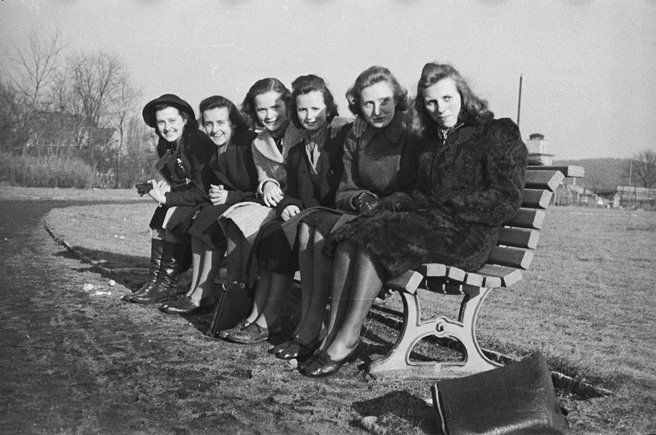 Життя у Третьому рейху: показали унікальні фото часів війни
