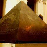 Вчені знайшли золоту верхівку єгипетської піраміди