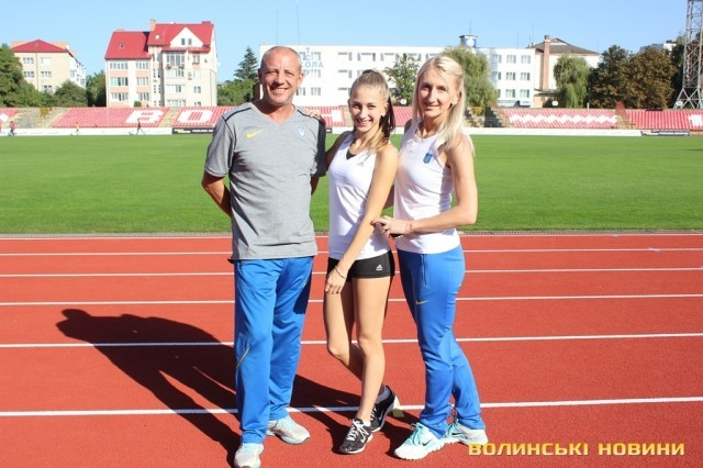 Родина тренерів з Донецька приїхала до Луцька підіймати спорт 769570b486383