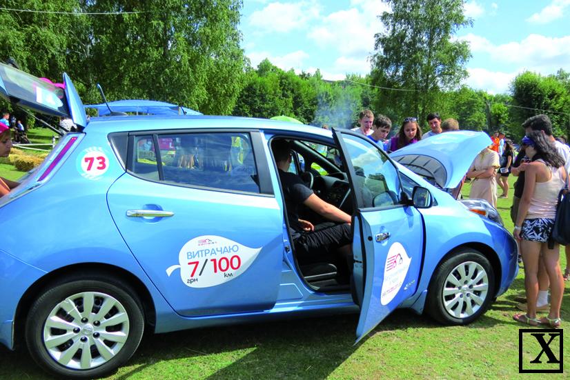 Автомобіль викликав жвавий інтерес у молоді на фестивалі «Бандерштат». От якби ще його ціна була привабливішою.