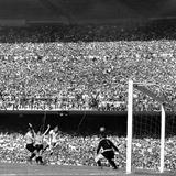 «Невдахи не грають у футбол!» Як Бразилія зазнала одного з найбільших фіаско в історії