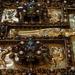 Золото і коштовне каміння: показали розкіш давніх книг